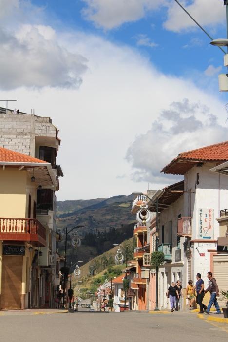 Chordeleg, capital de la Candonga, aros de plata trabajados con filigrana!