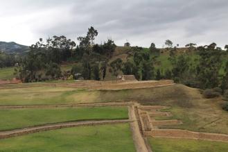 Ruinas de Ingapirca. Construcciones Cañaris (pueblo que habitaba a la llegada del Inca) e Inca.